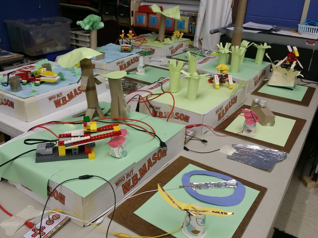 Tinkering Dojo's Interactive Zoo, created during the winter 2015 session